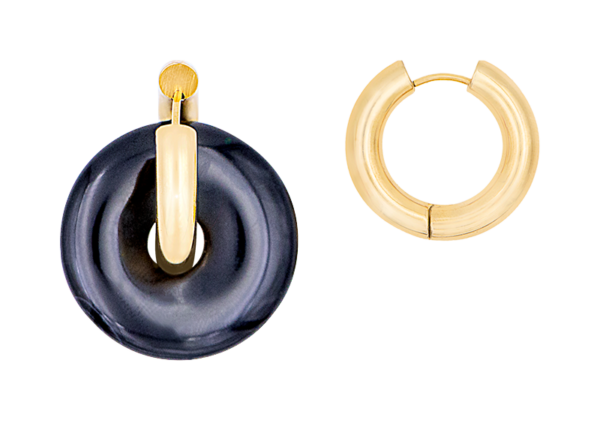 Black donut earring by Timeless Pearly